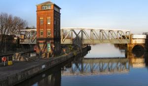 Barton-Swing-Aqueduct