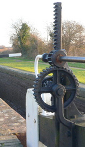 Lock-Gate-Mechanism